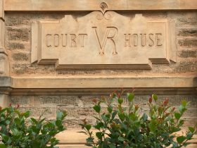 Gawler Courthouse studio heritage accommodation close to the Barossa Valley