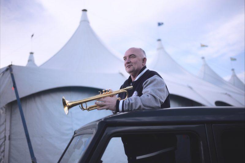 James Morrison outside the tent