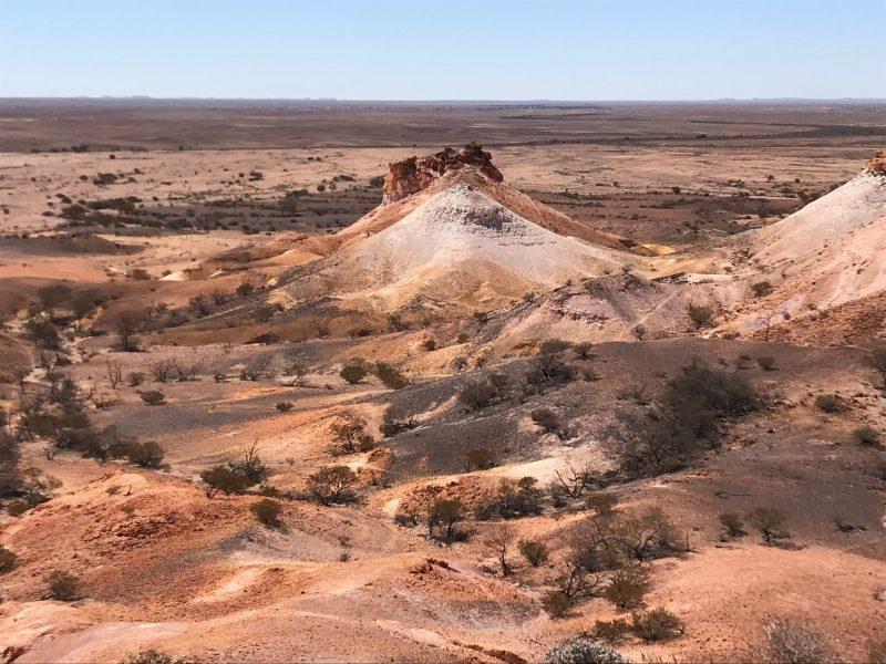 Landforms in the Kanku Breakaways Conservation Park