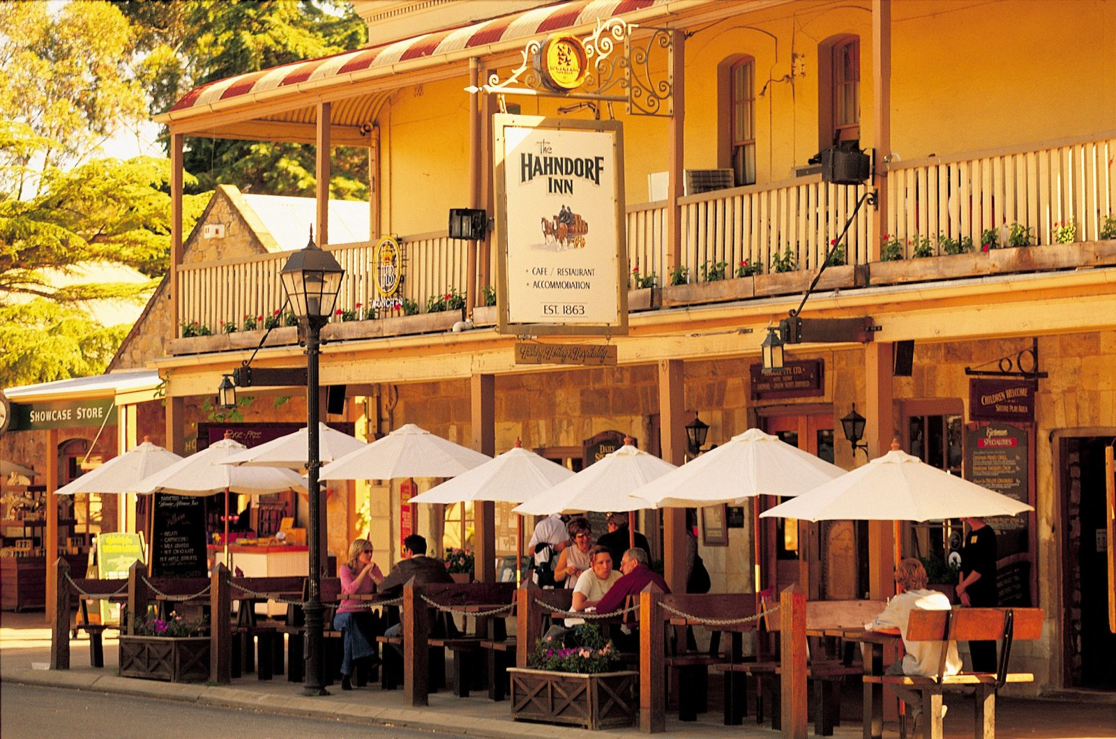 Hahndorf Inn, Adelaide Hills, Traditional German Meals