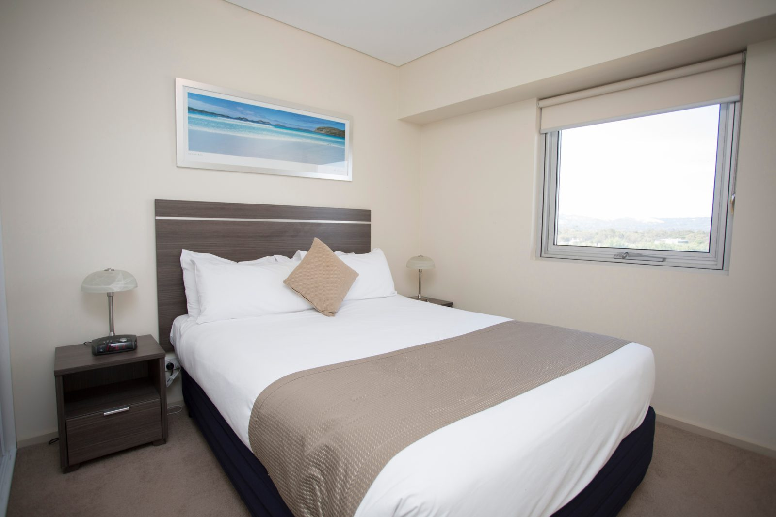 Hume Serviced Apartments - Bedroom