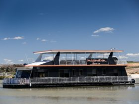 Exterior photo of Imagination Houseboat