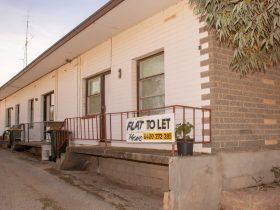 Accommodation in Kimba - Kimba Units Apartment 5