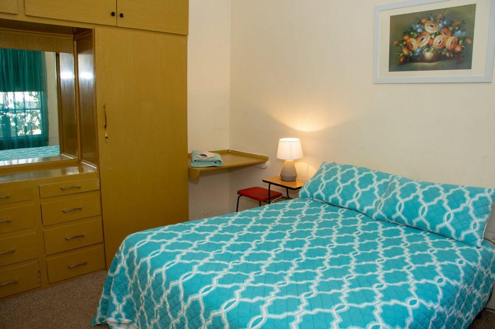 Accommodation in Kimba - Kimba Units Apartment 5, Bedroom