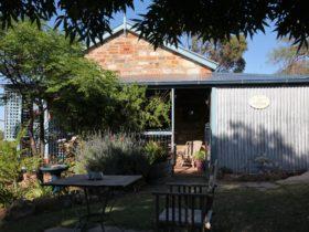 Heritage stone rustic cottage