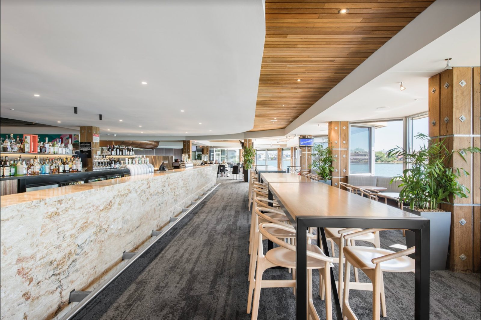 Lakes Hotel Adelaide Westlakes