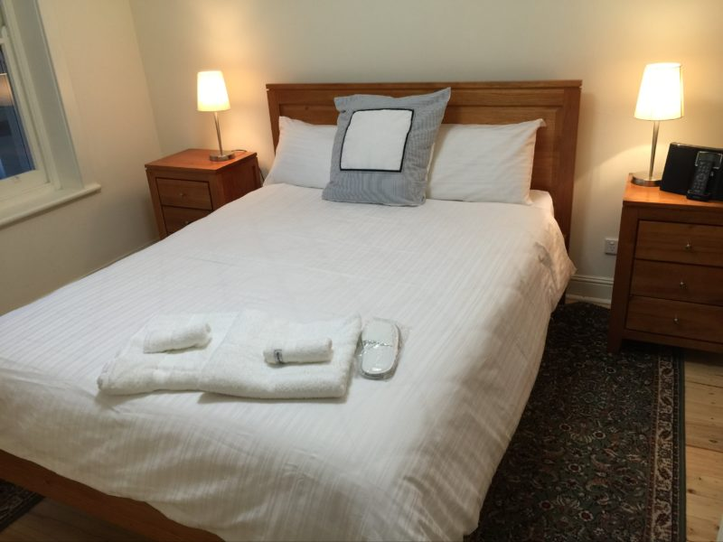 MacDonnell House queen bedroom