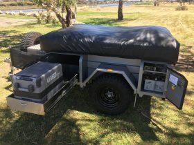 Tough off road camper easy to setup