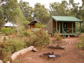 mambray creek cabin - mount remarkable national park