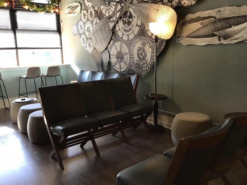 1940s themed waiting area for players