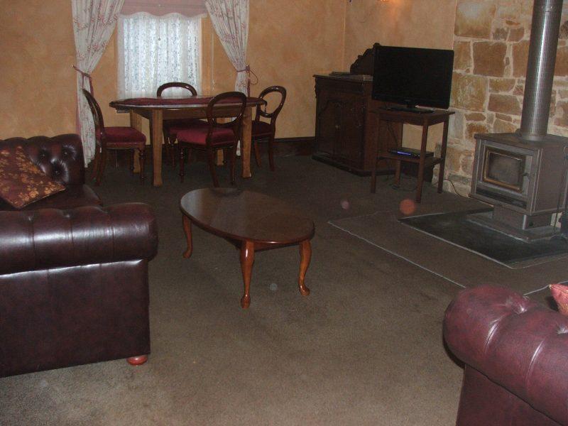 Jollys Rest loungeroom