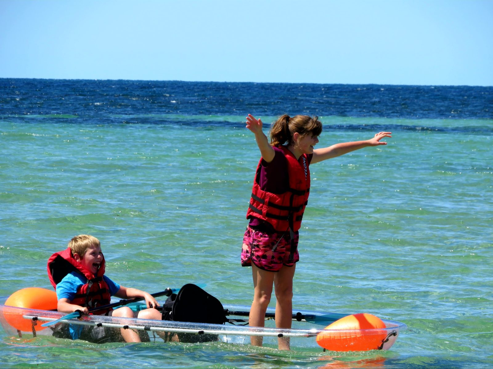 Clear Canoe hire
