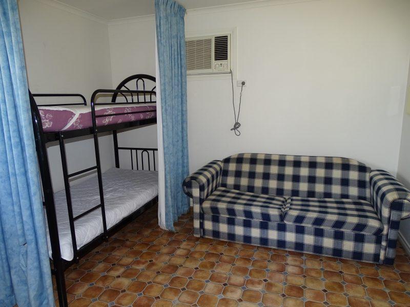 Moonta Bay Cabins - Accessible Cabin 9 - 42 coast Road, MOONTA BAY SA 5558