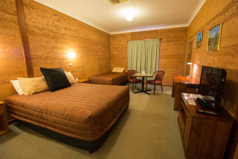 Single, double or Twin motel room