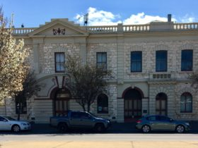 Naracoorte Town Hall