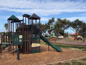 Newton Playground, Kadina