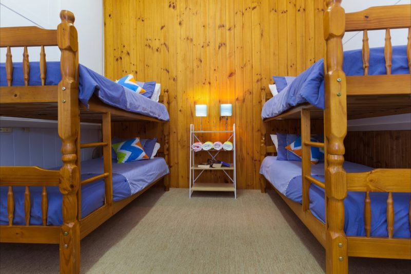 Bunk room book by head or room