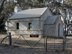 Old Wisanger School