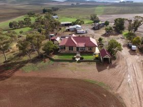 Farmstay South Australia only 2 and a half hours from Adelaide