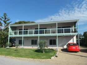 Pine Lodge, Pine Point, South Australia