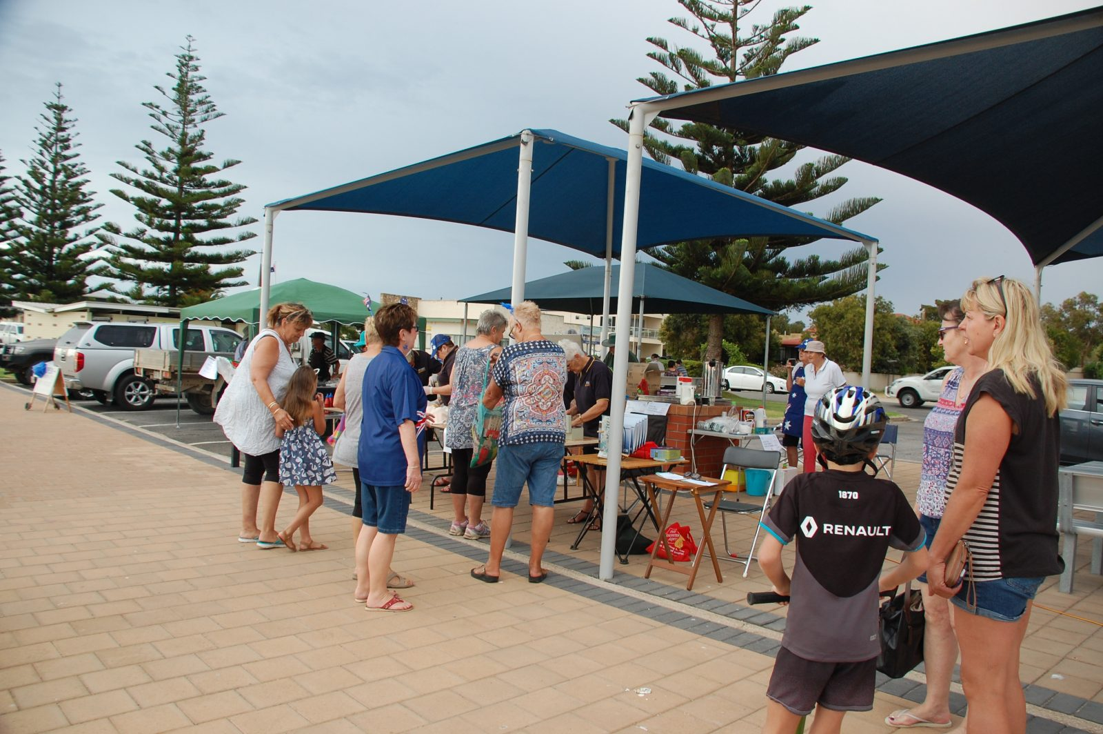 Egg and Bacon Rolls, Sausage Sizzle, come and enjoy the wonderful food.