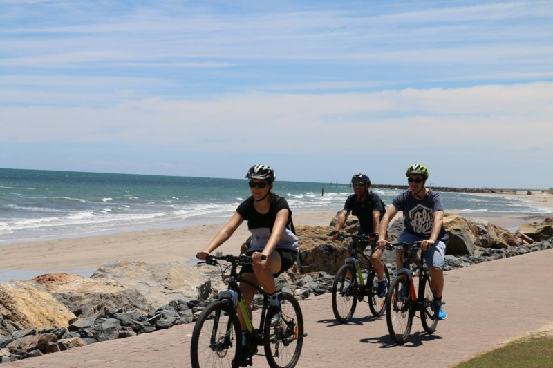 Easy cycle along the coast from Adelaide city to Henley Beach
