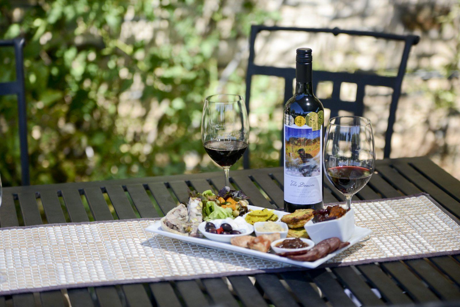 Reillys Restaurant - Wine with Gourmet Platter