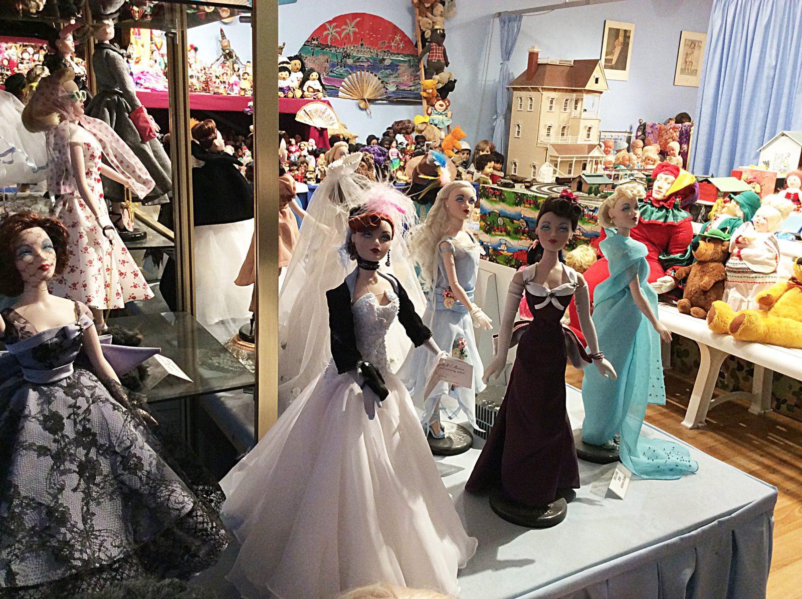 River Dolls Gallery