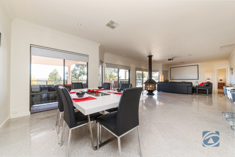 large open plan lounge, kitchen and dining area