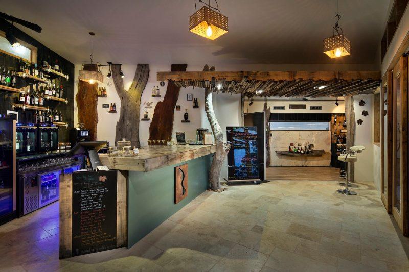 Main bar at the Riverland Wine Centre