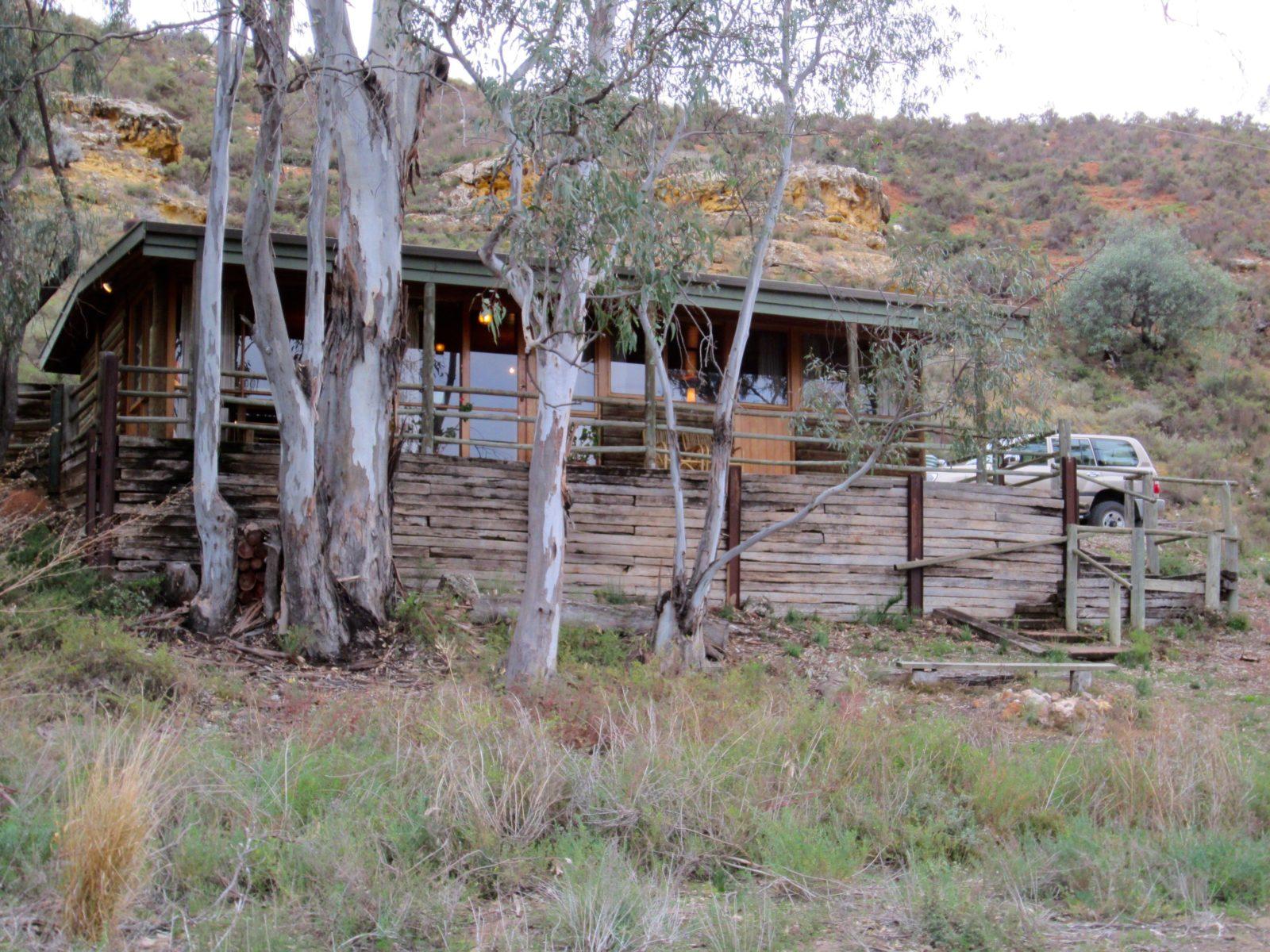 riversleigh lagoon cottage