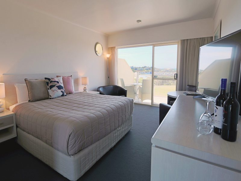 Panoramic Harbour View Suite