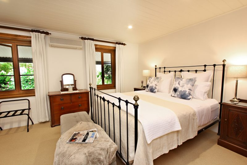 Seppeltsfield Vineyard Cottage luxury bedroom with king bed