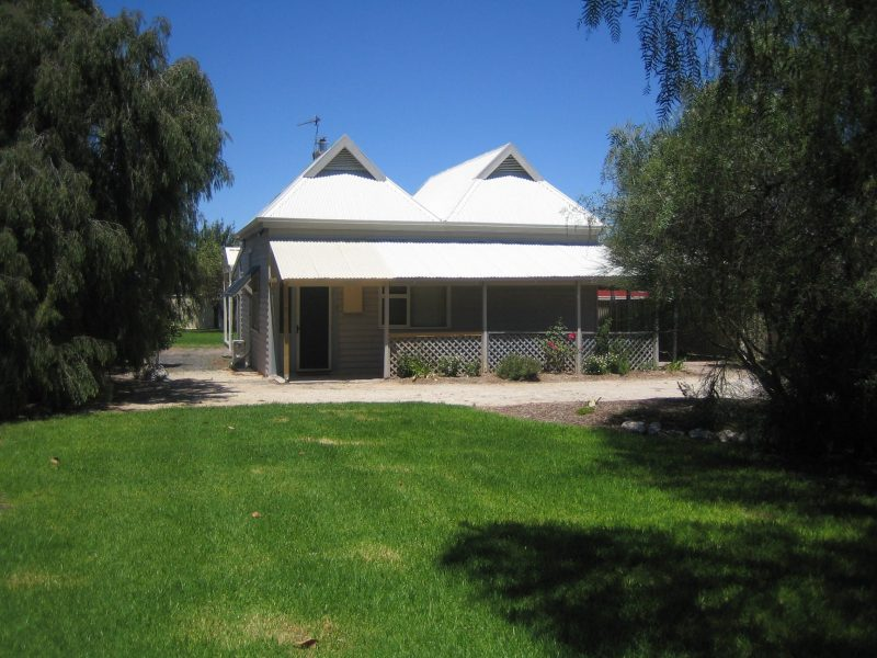 Showgrounds Cottage front lawn and garden