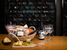 DIY picnic platter & STG wines