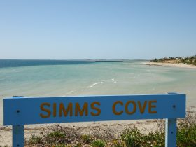 Simms Cove lookout and beach, Moonta Bay
