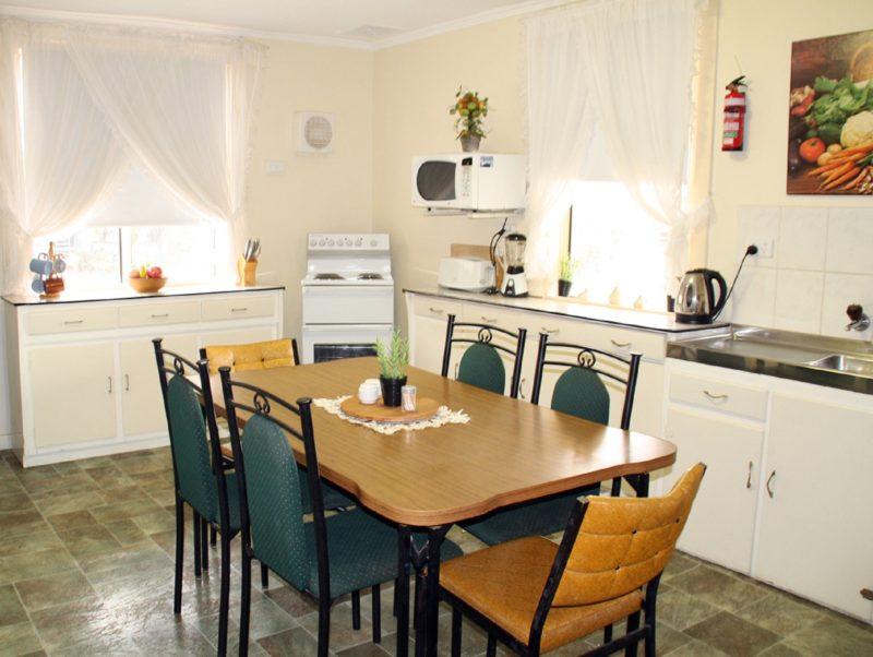 Squatters Cottage - kitchen