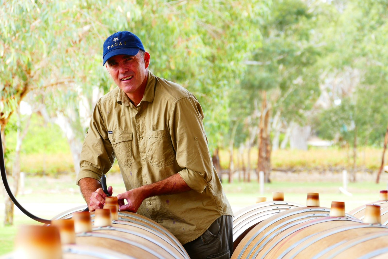 Viv Knight has over 28 years experience in the Australian wine industry.