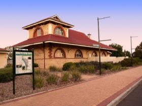 Tailem Bend Visitor Information Outlet