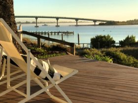 The Admiral Riverside - panoramic river views from the front deck - perfect for pelican watching