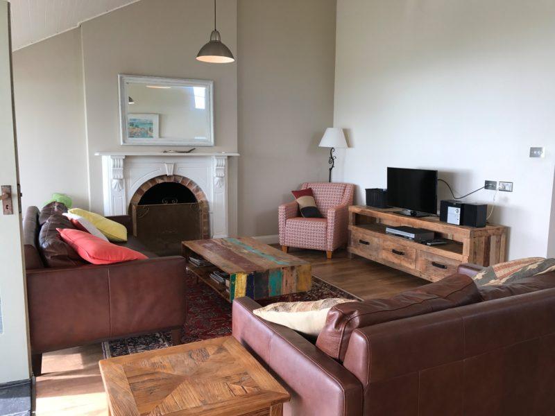 'Splash' Lounge Room
