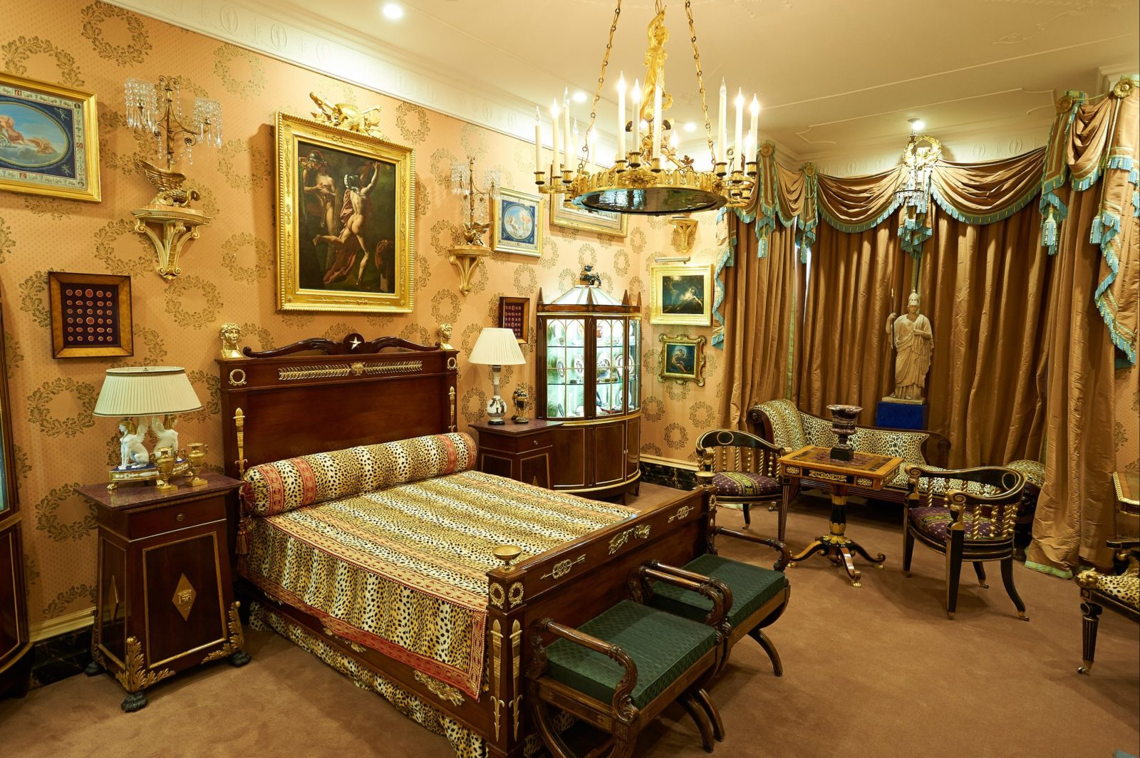 David Roche's bedroom