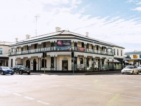The Mount Gambier Hotel