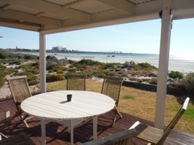 The Otago Beach Shack, Wallaroo