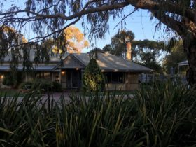 The Paddocks - self contained Barossa Accommodation