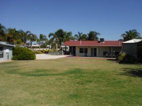 The Palms, Port Vincent