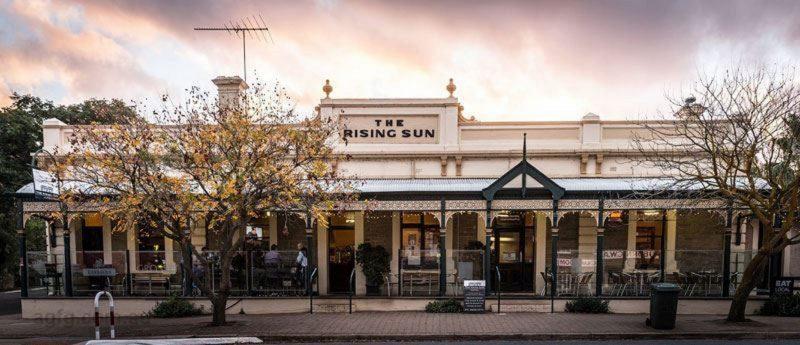 The Rising Sun hotel, Auburn