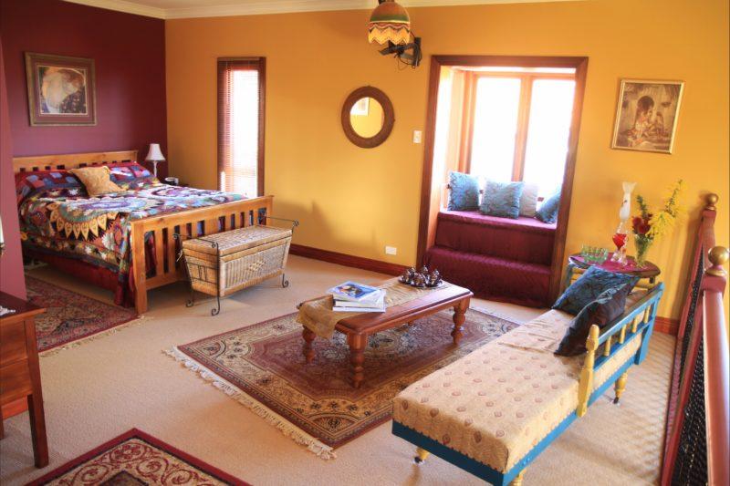 Villa Mont mezzanine guest bedroom