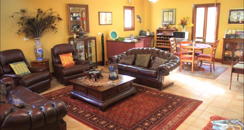 Villa Mont lounge area