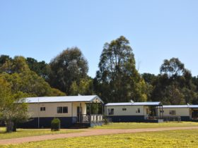 Cabin Accommodation, Western KI Caravan Park